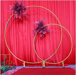 Fiori di arco della decorazione di nozze online-Grandi dimensioni Bridal Large Iron Round Ring Arches Frame Sfondo Decorazione Flower Door Frame Decorazione di nozze Puntelli