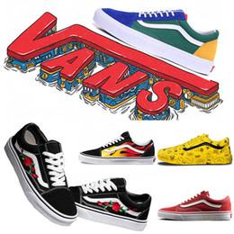 Zapato de lona blanco para niños online-Zapatos casuales van clásico OFF El diseñador PARED estudiante de hombre blancas Skool Sk8 de Fastion Marca lienzo monopatín Negro para mujer de la zapatilla de deporte de los niños