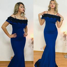 2019 abiti da sposa personalizzati per le donne Mermaid Satin Prom Dresses 2019 Blu Sexy Off Spalline da spettacolo formale Abiti da terra Donna Abiti su misura sconti abiti da sposa personalizzati per le donne