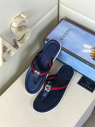 massaggio classico Sconti Scarpe da uomo estate 2020 Moda Infradito da uomo Trendy in pelle antiscivolo Scarpe casual da uomo Classiche pantofole da spiaggia per massaggi