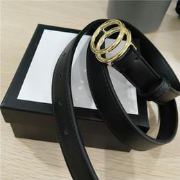 2019 cinturones de oro Cinturones de diseño Cinturones de diseño para hombre Cinturones de cuero genuino Cinturones de negocios Cinturón de lujo Correa negra Hebilla grande de oro Cinturón de regalo para mujer con caja cinturones de oro baratos