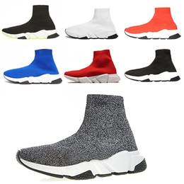 Kaufen Sie im Großhandel Rote Glitzer Schuhe 2019 zum