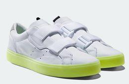 Новые формальные туфли онлайн-Оригиналы показывают новые женские эксклюзивные гладкие модели, SLEEK W Shoes, Kendall Jenner Stars Женская гладкая обувь, женские кроссовки, формальные туфли
