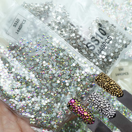 1440pcs strass di vetro 3D per nail art design gemme decorazioni unghie strass di cristallo AB pietre SS3-SS10 C19011401 da