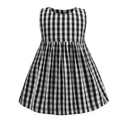 bbbac5f8e44f6b Kinder Plaid Kleid Mode Mädchen schwarz weiß karierten Weste Kleid 2019  neue Kinder Sommer Kleider Kinder