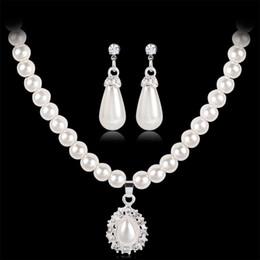 6f608e378046 Estilo real princesa perla de imitación lágrima colgante elegante collar pendientes  bisuteria mujer
