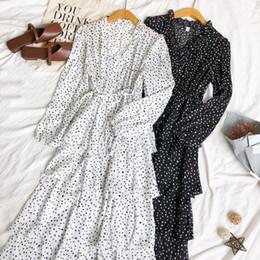 Femmes lanterne manches robe de bal en mousseline de soie robe Polka Dot dentelle jusqu'à bandage à volants col en V Pull Slim taille haute robe de gâteau plissé ? partir de fabricateur