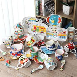 2019 keramik-gabel löffel-set 4 teile / satz tier Transport Baby platte bogen tasse Gabeln Löffel Geschirr fütterung Set, keramik cartoon Baby kinder geschirr rabatt keramik-gabel löffel-set