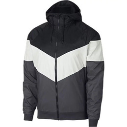 Canada Nouveau 2019 + HOMMES Athlétique Vestes Marque Vêtements pour Blouson Coupe-vent Mince Mince Printemps Eté Sports Porter Vêtements Casual Manteaux Hommes Vêtements cheap athletic sports jackets Offre