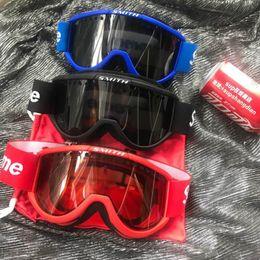 trabalhadores vermelhos Desconto Clone Óculos De Esqui À Prova de Vento Fresco Smith Óculos Cariboo OTG Óculos Vermelhos FW15 Alta Qualidade Livrando Trabalhador Óculos Para Esqui Em Estoque