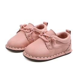 zapatos de primavera causales Rebajas 2019 Primavera nuevos niños del bebé marca zapatos de cuero genuinos niño niña zapatos causales Toddler Lace Up plana para el bebé