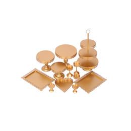 Ferramentas de decoração Suprimentos Cupcake Wedding Set Gold White Crystal Sobremesa Metal Cup Tier Bolo Display Stand de