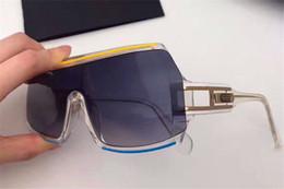 Neue deutsche Designer-Sonnenbrille mit 858 verschiedenen Größen und farbigen Linien. Klassische Avantgarde-Brille mit UV-Schutz von Fabrikanten