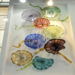2019 luzes de passo modernas 100% placas de parede Decor vidro soprado de mão de parede de arte Murano suspensão 8pcs Placa costume colorido para o Hotel Salão Decoração