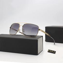 Sonnenbrille kohlenstoff online-Brille 8563 für Männer Marke Modedesigner Sun Glass Pilot Rahmen Beschichtung Spiegel UV400 Objektiv Kohlefaser Beine Sommer Stil Brillen