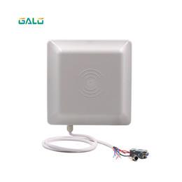 UHF RFID считыватель карт дальность действия 6 м с антенной 8dbi RS232 / RS485 / Wiegand TCP / IP Read Интегрированный UHF Reader от