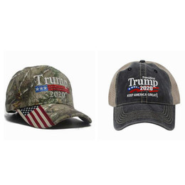 3d stickerei hysteresen Rabatt Camouflage Donald Trump Hut USA Flagge Baseball Cap Keep America Great 2020 Hut 3D Stickerei Stern Brief Camo einstellbare Snapback ZZA811