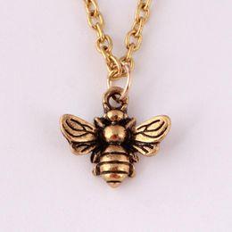2019 camisola de inseto Colares de abelhas Rosa Colar de Pingente Exclusivo Jóias de Luxo Por Atacado Camisola de Insetos Colar de Corrente Longa desconto camisola de inseto