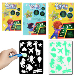 drawing toy wholesalers Promo Codes - hot sell magic drawing kids educational science teaching light LED electronic hand writing board fluorescent writing board toys