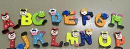 2020 animais magnéticos para refrigerador Educação brinquedos de aprendizagem alfabeto magnético colorido animal geladeira de madeira a-z letras de madeira dos desenhos animados imãs de geladeira 26 pcs brinquedos educativos animais magnéticos para refrigerador barato