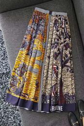 2019 motifs de jupe évasée Le printemps et l'été 2020 contraste élevé couleur pur coton taille des femmes forêt de montagne de l'animal positionnement d'impression haute fractionnés grande balançoire s long