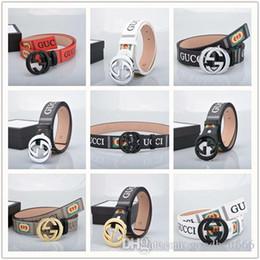 2019 cinturón internacional 2018 Cinturón de hombre Cinturones de hebilla de lujo lisos Hebillas de alta calidad internacional famosa marca Cinturones de cuero de piel de vaca para hombres envío gratis belt109 cinturón internacional baratos