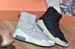 check out 32f3d 96208 Großhandel Neueste Air Fear Of God 1 Licht Knochen Schwarz Segel Mann Basketball  Schuhe Outdoor Authentic Sport Sneakers Zoom Mit Original Box AR4237 002 ...