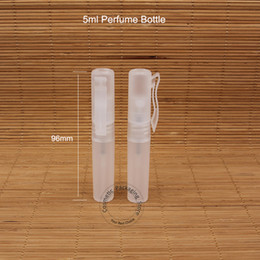 atomizador de plástico botellas de spray al por mayor Rebajas 100pcs / lot 5ML perfume botellas de plástico spray 5 g envase cosmético vacío transparente Cap Parfum atomizador Embalaje