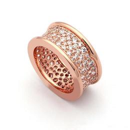 2019 anéis de diamante famoso Famosa marca de moda anéis full diamond rose anéis de ouro titanium aço inoxidável de prata ouro 18k tricyclic bv par casal anéis jóias anéis de diamante famoso barato