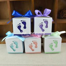 Детские ножные ленты онлайн-100 шт. Ножки для ног Полые Коробки Конфет Лазерная Резка с Лентой Свадебная Пользу Baby Shower День Рождения Подарочная Коробка