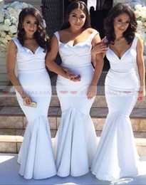 Eleganti 2020 Plus Size White Satin sirena damigelle d'onore Abiti da sposa Lunghezza Floor ospiti Indossare promenade abiti a buon mercato abito da damigella d'onore da