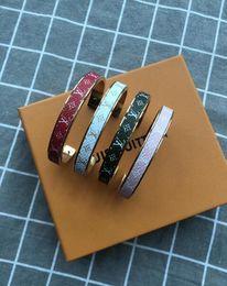 фабрика прямые китайские ювелирные изделия Скидка Бренд дизайн классический браслет моды полноценный браслет M67787 темперамент дамы вечеринка праздничный подарок ювелирные изделия