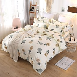letti reattivi stampati biancheria Sconti Luxury Style Bedding Sets 4pcs Letter Printed Quilt Cover Sets Fashion Europe and America Bedsheet Cover Suit GGA2233
