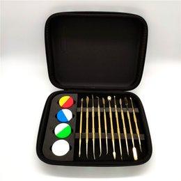 Funda de silicona arco iris online-2019 nuevas herramientas de dab set con cuatro cera de silicona bho dab contenedor con cremallera caja empacada en color arco iris color dorado 10 estilos para cera hierba seca titanio