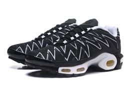 2019 ТН плюс повседневная обувь для мужчин, женщин Королевский лиловый строки Смоки цветовые дизайнерские туфли тройной Белый черные кроссовки мужской обуви от