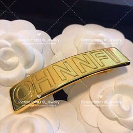 Clips de los amantes online-Diademas de diseñador de marca de moda, letra dorada, pinza de pelo para dama, diseño, regalo de amantes de la boda para mujeres, joyería de lujo para novia con caja