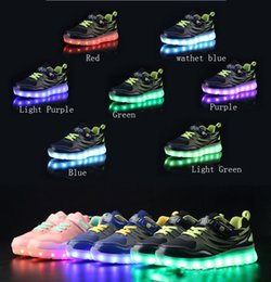 Cambiar chica online-Zapatillas recargables para niños con luz nocturna USB Zapatillas de deporte Zapatillas Light Up LED Zapatos para niños Luminoso Led Interruptor invisible Zapatillas de deporte de carga