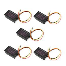 Tester di cablaggio dell'automobile online-5PCS 100V 0.56in 3 Display Wire LED Digital Panel voltmetro Elettrico Tensione Meter Volt Tester per auto per MotorcycleYellow