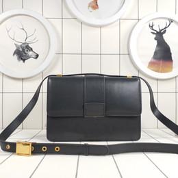 2019 bolsos de cuero bordados Bolso de diseñador Bolso de hombro de diseño de lujo para mujer Bolso de cuero de alta calidad bordado con la letra D clásica bolsos de cuero bordados baratos