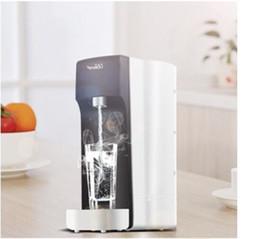 Distributore di acqua è caldo a caldo piccolo desktop mini purificatore d'acqua per uso domestico dritto bere acqua bollente macchina del tè macchina della pipeline intel da