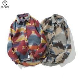 Uomini vestiti di lana online-Fashion Geometric Woolen Shirt Uomo manica lunga Winter Tribe Warm Plaid Casual Camicia Streetwear Abbigliamento Autunno Folk-custom
