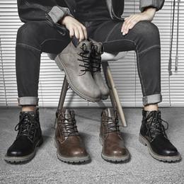 2019 caixa preta militar 2019 Designer de luxo Mens Botas Mulheres botas de inverno Grey Black Brown Triplo Militar Martin Botas Sem caixa Tamanho 38-44 desconto caixa preta militar