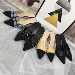talons de plage sexy Promotion Nouveau style femme sandales Designer en cuir Marque Rivet Chaussures à talons hauts banquet Sexy fête chaussures de plage Slingback Pompes mf190524