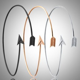 2019 braceletes do braço 1 PC Elegante Pulseira Braço Das Mulheres Pulseira De Ouro Pulseira Vintage Seta Aberta Pulseira Armlet Arm Cuff Punk Moda desconto braceletes do braço