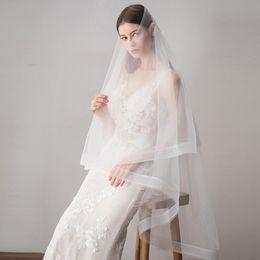 ef2b7fb3b3 2019 Nuevo diseño de bodas baratos de tul suave velo de novia velos blancos  de alta calidad para bodas CPA1431 velos blancos suaves baratos