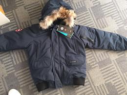 Bajada de chaqueta online-2018 hombre Canadá Nueva llegada venta Hombres Guse Chateau negro azul marino gris chaqueta abajo abrigo de invierno Parka venta con salida XS-XXL