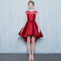 Vestidos de cóctel de cuello alto online-Scoop Neck Lace Satin High Low Vestidos de cóctel Lace Up 2019 Elegantes vestidos de fiesta Azul marino Rosa Rojo Vestido de fiesta