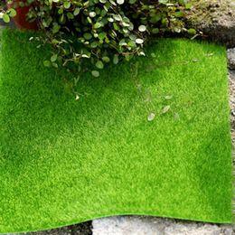 Fee mini zauberstab online-15x15 cm Micro Landschaft Dekoration Diy Mini Fee Garten Simulation Pflanzen Künstliche Gefälschte Moos Dekorative Rasen Rasen Grünes Gras C19041302