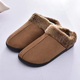 Costura de veludo on-line-Chinelos de inverno homens Camurça Curto De Pelúcia Costura Casa sapatos para homens antiderrapante Quente Macio Veludo Quarto Homens chinelos De Pele