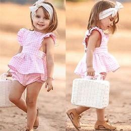 2019 baby rüsche blüht rosa Kinder Rosa Plaid Rüschen Tops + PP Shorts Baby Plaid Rüsche Fliegenhülse Backless Tops Kleid PP Bloomers Shorts Kleidung 1-6Y rabatt baby rüsche blüht rosa